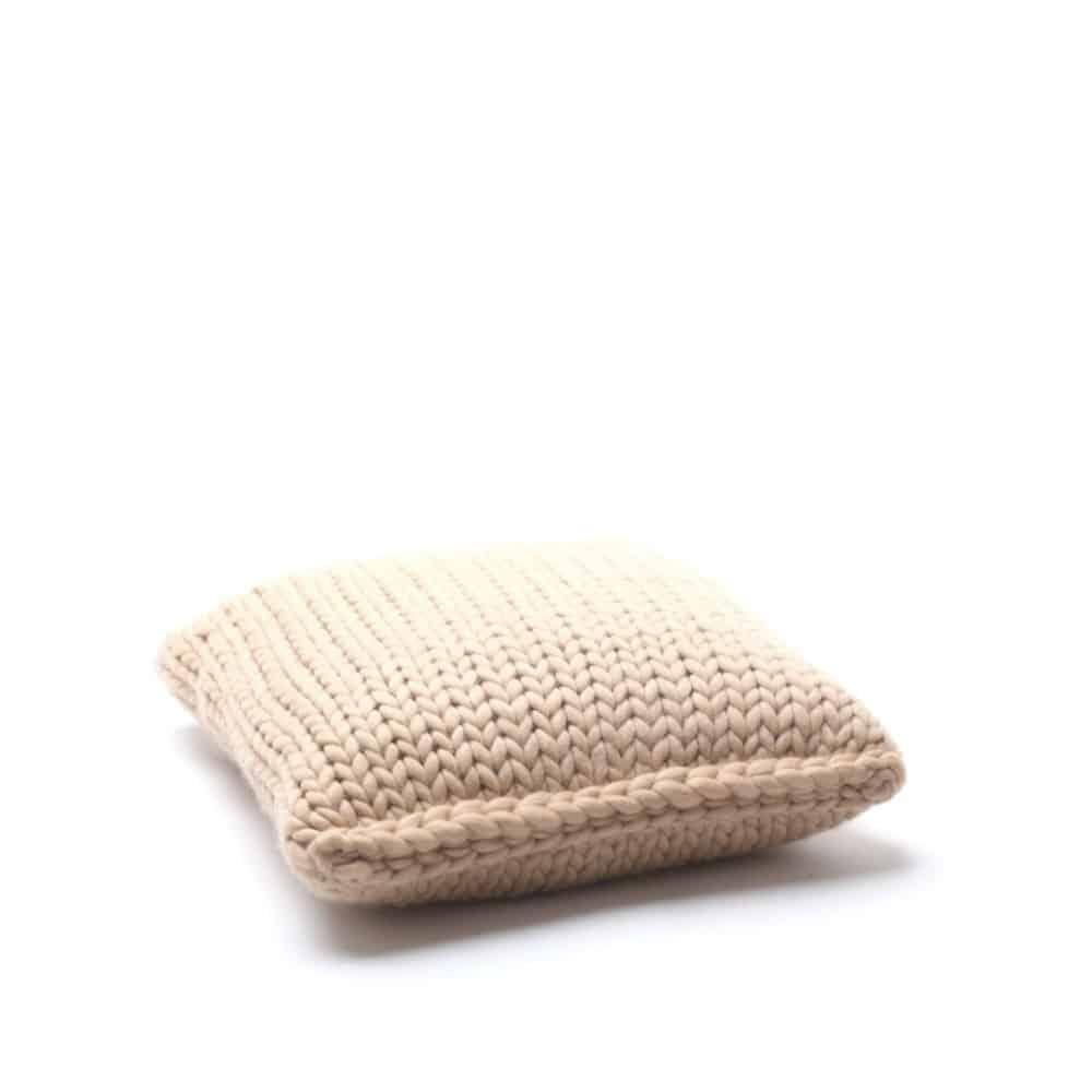 Knit cushion MESH