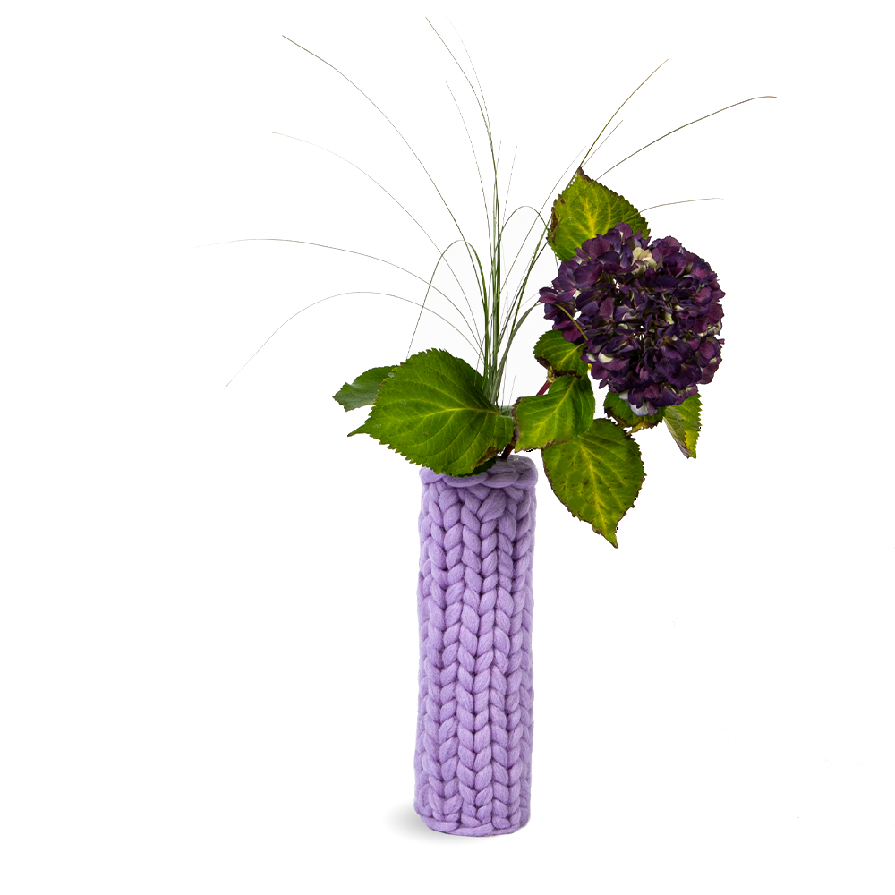 Knitted vase PIPE